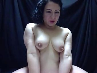 mature small boobs cam