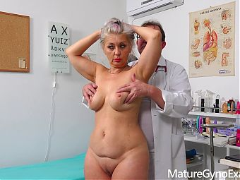 Speculum exam and fucking machine orgasm of hot blonde GILF