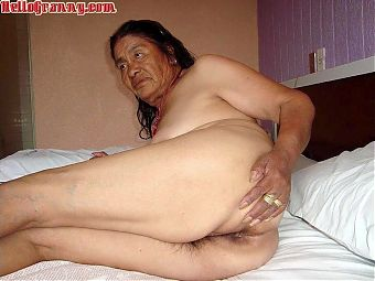 HelloGrannY – Pictures Of Granny Latinas in Slides