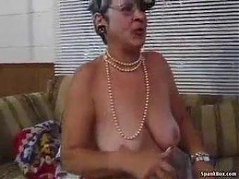 Granny hot chili
