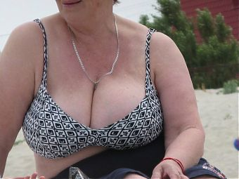 All about huge juicy tits