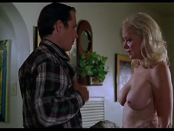 SALLY KIRKLAND AND DARA TAMANOVICH NUDE (1997)