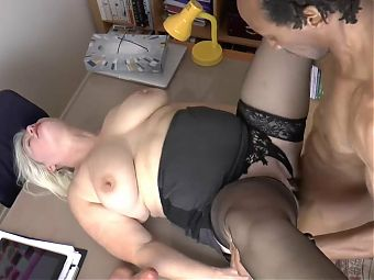 GRANNYLOVESBLACK - Dr Lacey Proves Why Age Does Not Matter