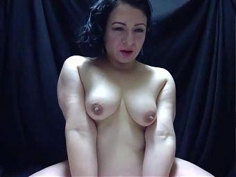 mature small boobs cam