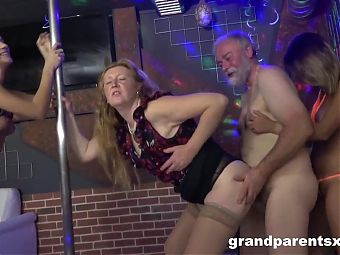 Grandpa Learns How to Use his Worn Out Cock