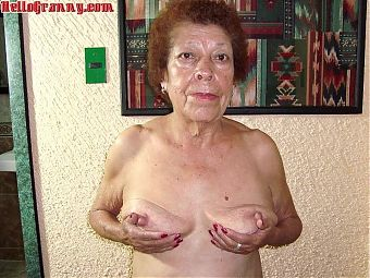 HelloGrannY – Homemade Mature Pictures Collection